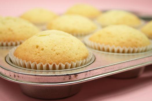 cupcake baking 2