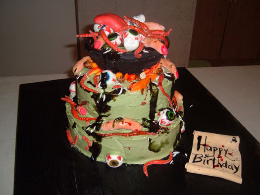 Gross Halloween cake