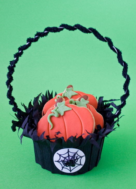 Halloween cookie basket 1