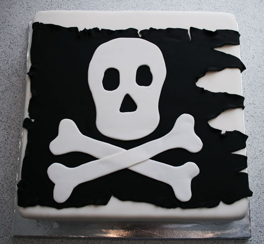 Tremendous Pirate Birthday Cake Cakejournal Com Personalised Birthday Cards Rectzonderlifede