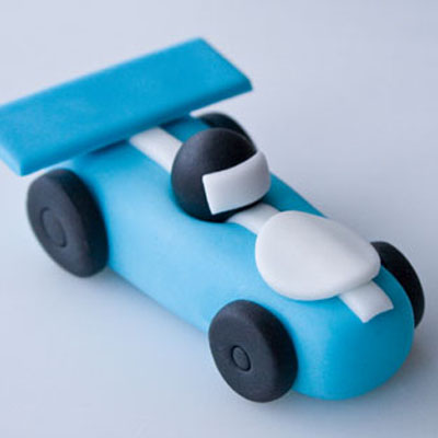 How To Make A Car Cake Topper Out Of Fondant