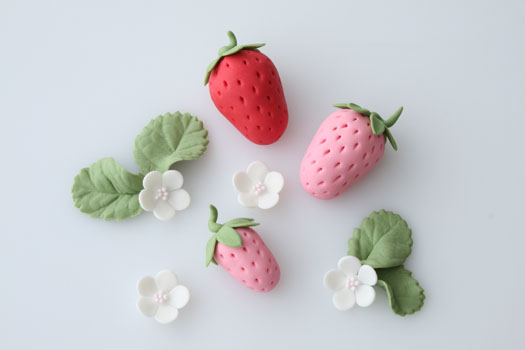 gum paste strawberries