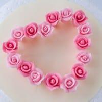 Small gum paste roses