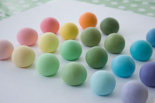Close up of rolled fondant samples colored with Louise's favourite food colors
