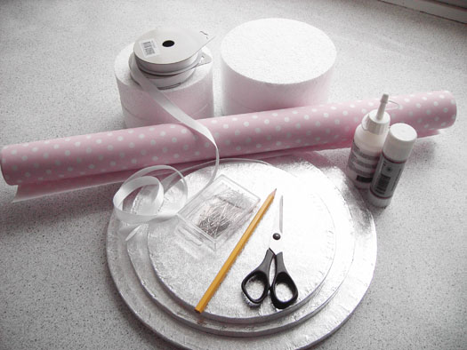 materials for making a cupcake cake stand