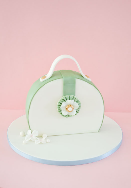 Purse cake with gum paste brooch