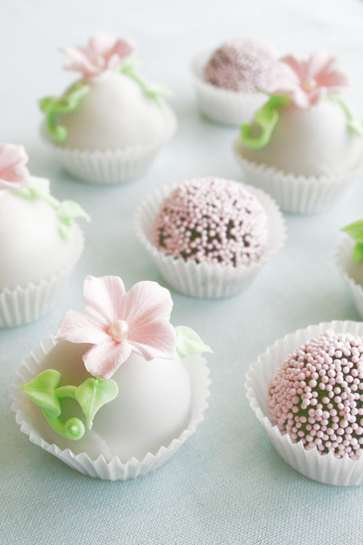 What Kind Of Cake Should I Use For Cake Pop