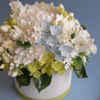 Handcrafted Sugar Flowers with Jacqueline Butler
