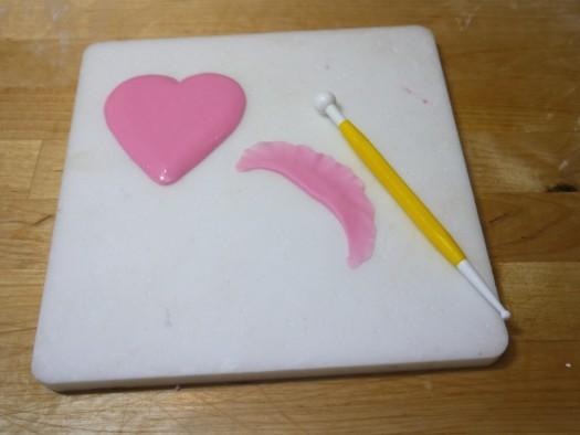 Ruffled rose heart step 5