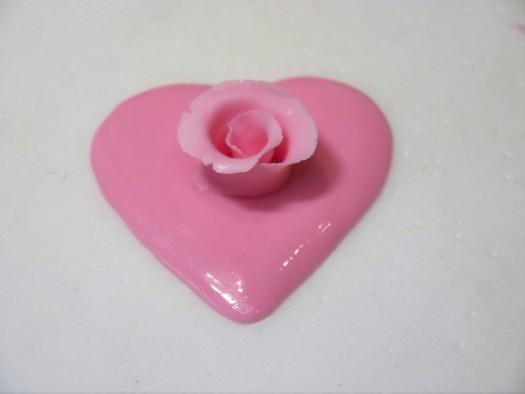 Ruffled rose heart step 6