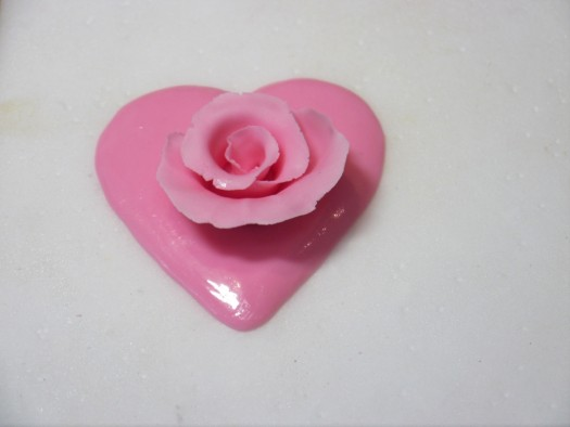 Ruffled rose heart step 7
