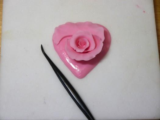 Ruffled rose heart step 8