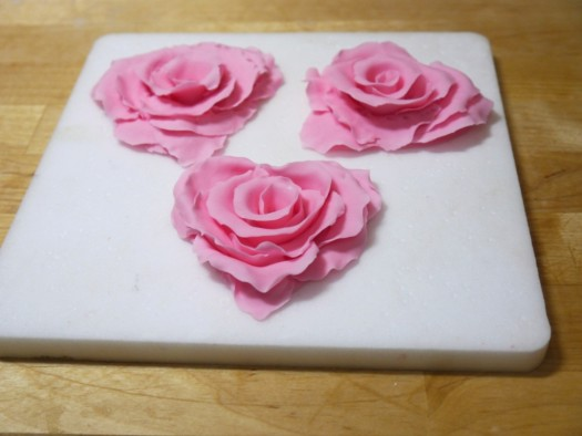 Ruffled rose heart step 13