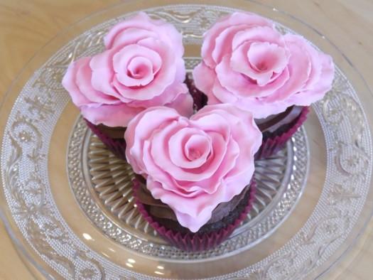 Ruffled rose heart step 14