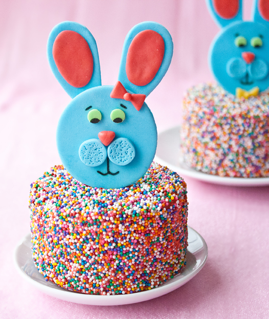 fondant easter bunny toppers 3