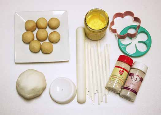 How to Make Spring Flowers Cake Pops 01