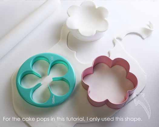 How to Make Spring Flowers Cake Pops 03