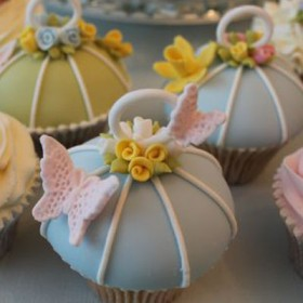How to make a vintage bird cage cupcake