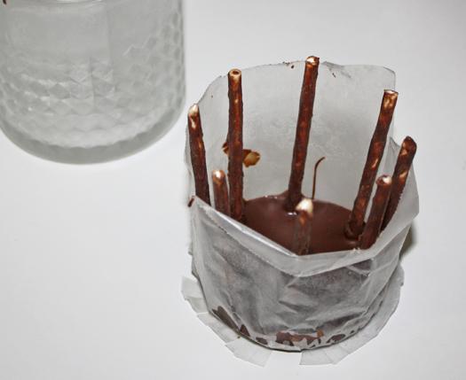 how to make modeling chocolate basket 5