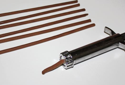 how to make modeling chocolate basket 7