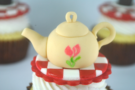 how to make a fondant teapot cake topper