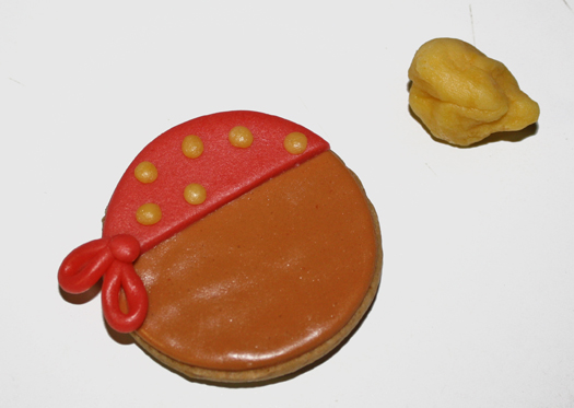 how to make pirate cookies 11