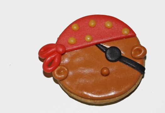 how to make pirate cookies 14