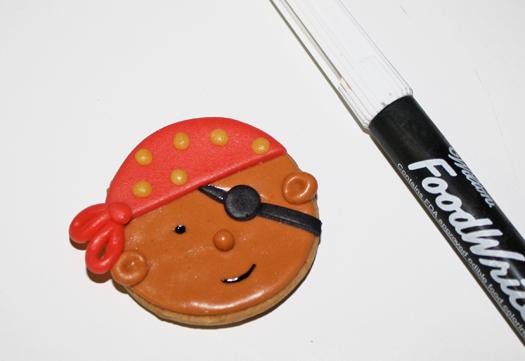 how to make pirate cookies 15