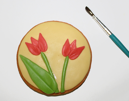 how to make tulip cookies or cupcake toppers 16