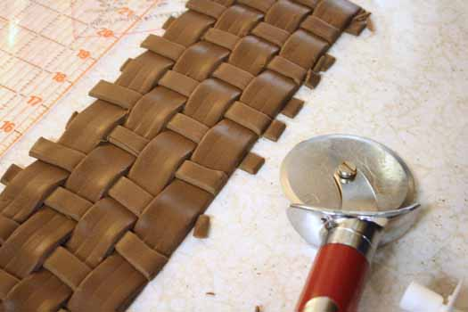 How to Make Fondant Basketweave 18