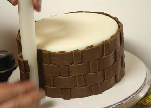 How to Make Fondant Basketweave 23