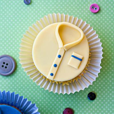 How to make shirt cupcakes
