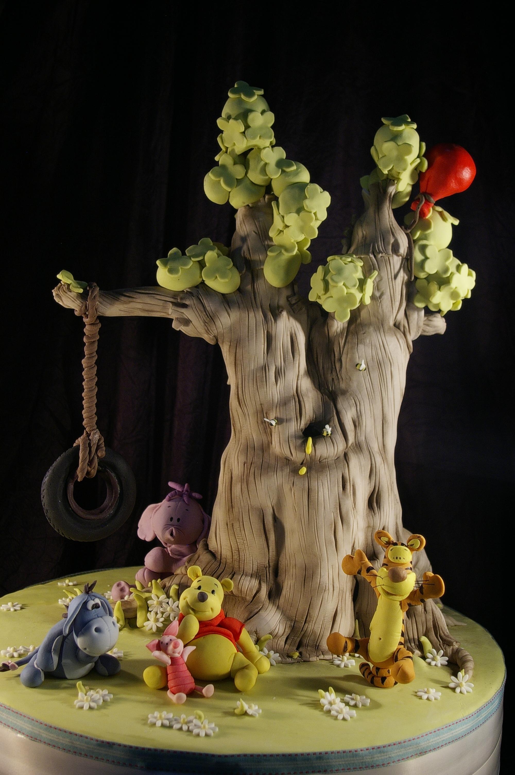 Luca's Winnie the Pooh Tree Cake