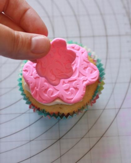 dress cupcake14