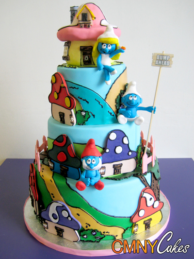 #FondantFriday – Smurfs Village Cake