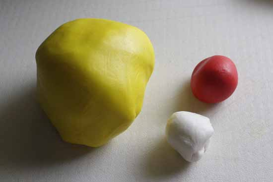 How to Make a Fondant Seal 20