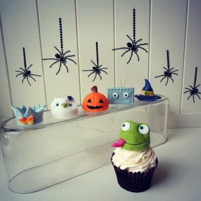 How to make Halloween costume cupcake toppers