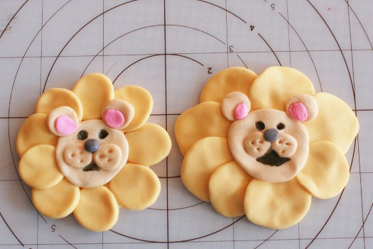 How to make lion cupcake toppers