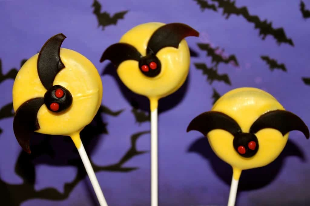 Halloween Bat Oreo Pops