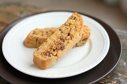 Peanut Butter Cup Biscotti