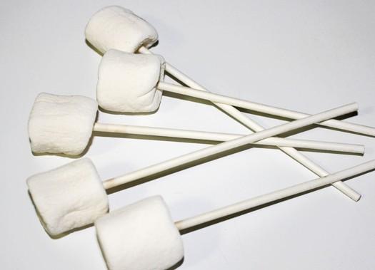 jackolantern marshmallow pops 1