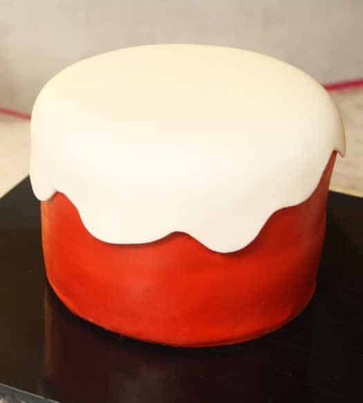 How to make a wavy fondant overlay on a cake
