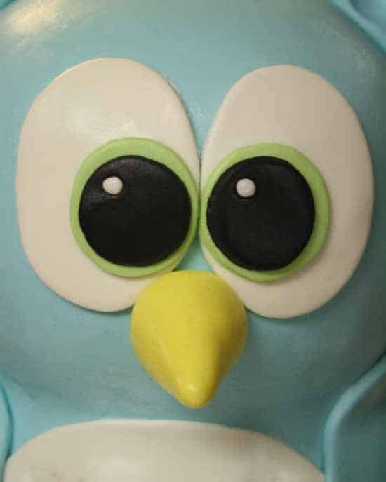 How to Make a Standing Owl Cake 40