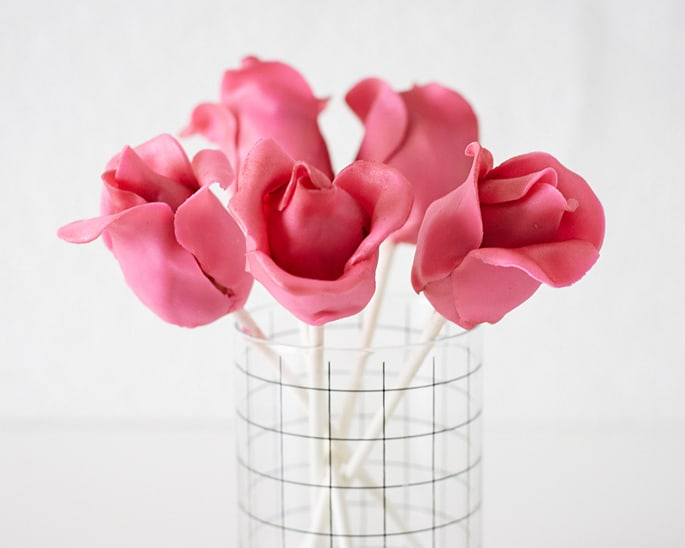 How to Make Rose Cake Pops