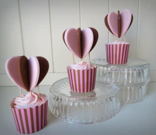 heart air balloon cupcakes
