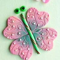 Editable butterfly puzzle