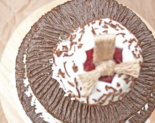 how to decorate a cake with just a fork 10