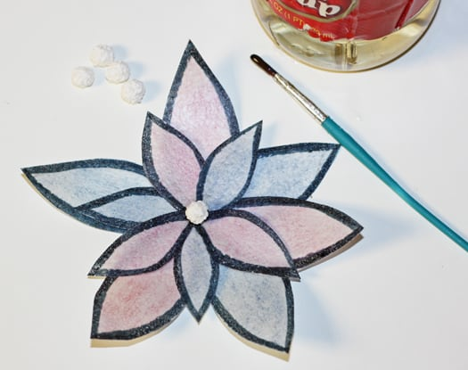 easy and bold wafer paper flower 10