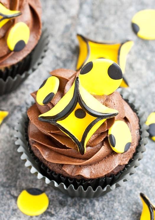 geometric diamond and circle cupcakes 2