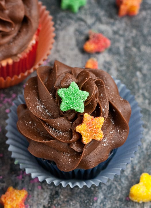 sugared heart cupcakes 01